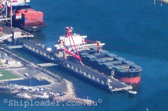 Shiploader aerial photograph of loading vessel