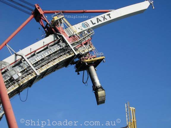 Shiploader alternative view of luffing boom structure raised